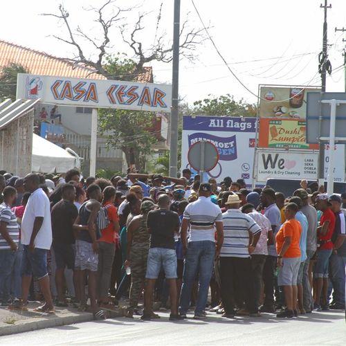 Afbeelding van Curaçao voert spoedhervormingen door op weg naar nieuwe coronalening