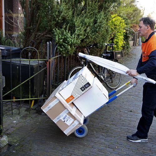 Afbeelding van Pakketbezorgers slepen PostNL voor de rechter: 'Stukje menselijkheid is ver te zoeken'