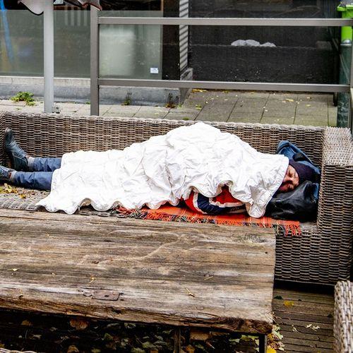 Afbeelding van 'Tweede golf treft mensen hard': Rode Kruis schaalt hulpverlening op